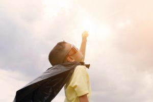 5 psychologische Strategien, um dir ein starkes Selbstbewusstsein aufzubauen